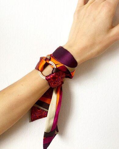 Stile personale e accessori foulard