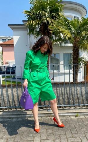 come abbinare i colori outfit verde viola